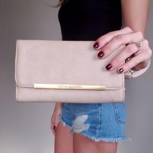 3/$30 Steve Madden Light Pink Wallet Wristlet
